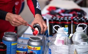 サイクリストのための PowerBar 栄養ガイド