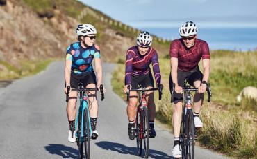 dhb サイクリングヘルメット購入ガイド