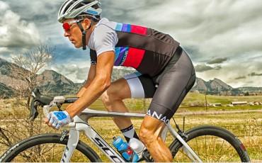Cyclist training hard on his bike